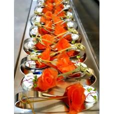 Finger food Gravlax z lososa